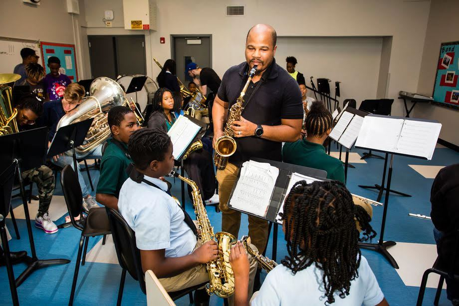 The People's Music School expands it's program into Bronzeville Classical School!
